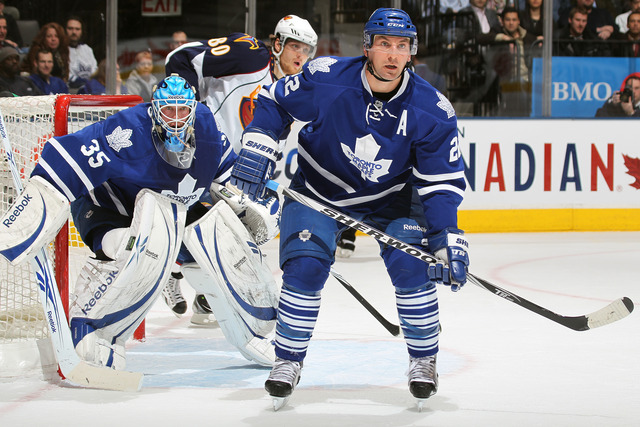Maple Leafs sign free agent Beauchemin