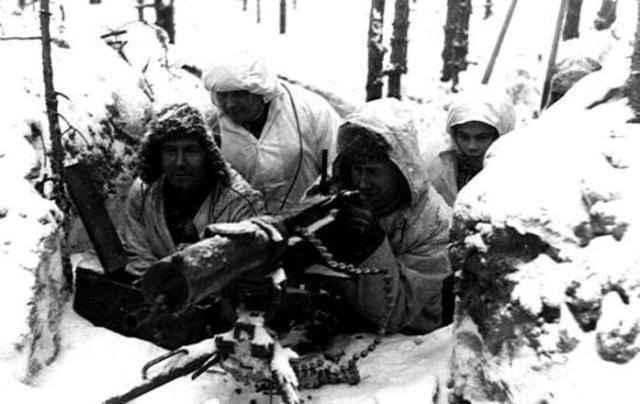 La URSS ataca Finlandia