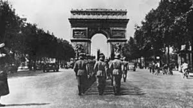Alemania invade a Bélgica, Luxemburgo, Holanda y el norte francés.
