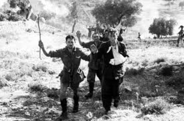 Italia le declara la guerra a Alemania.