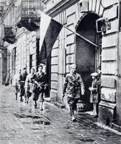 Comienzo del levantamiento de Varsovia.