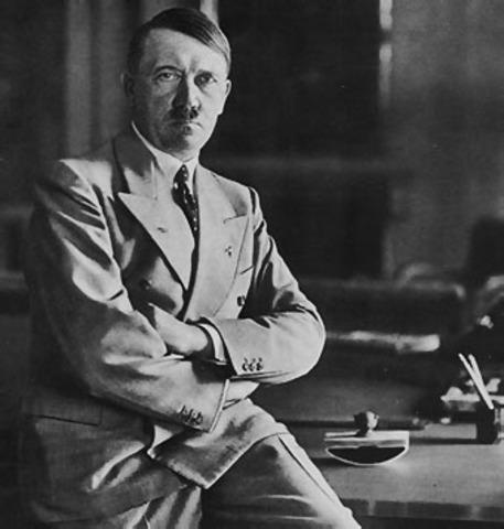 Adolf Hitler es nombrado cansiller de Alemania