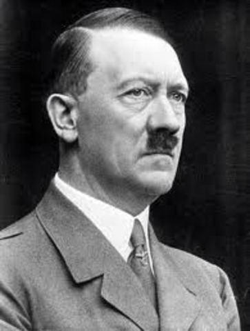 Hitler invade su país natal