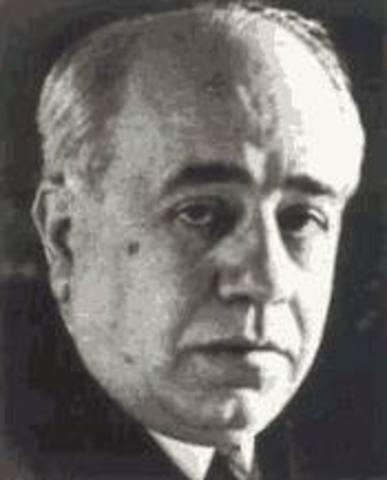 Manuel Azaña comienza la reforma del ejército