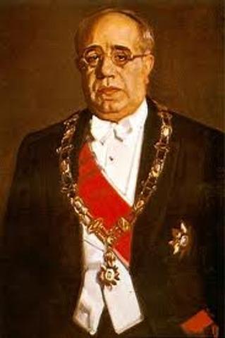 Azaña es elegido presidente de la República