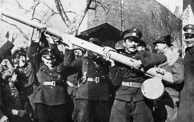 Los alemanes ocupan Austria (Anschluss)