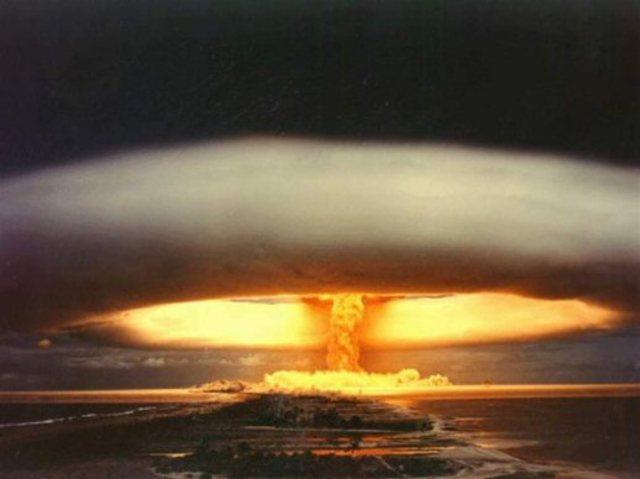 Lanzamiento de bombas