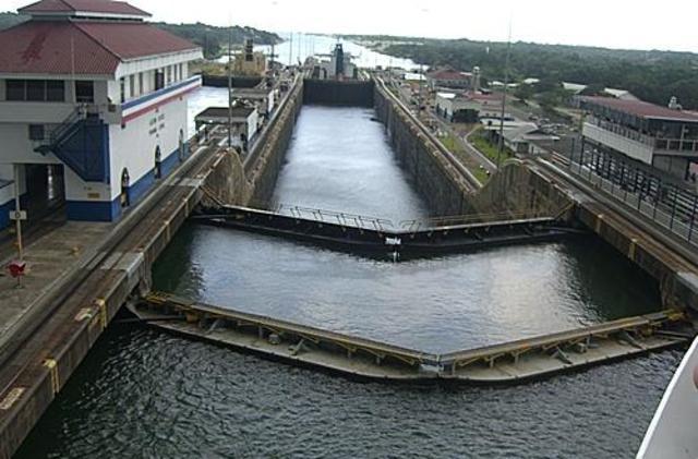 Contruccion del canal de Panama.