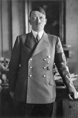 Hitler, lider del partido Nazi