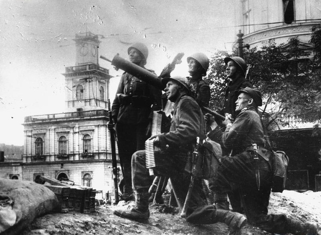 Los alemanes alcanzan Varsovia