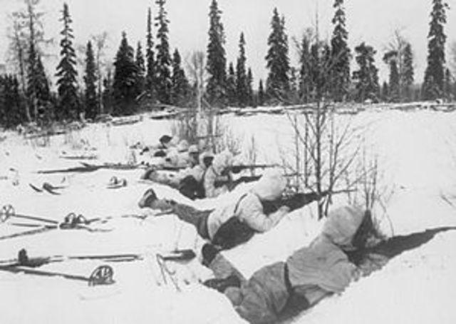 La Unión Soviética ataca Finlandia.