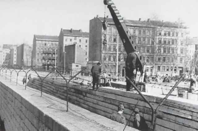 El Muro de Berlín.