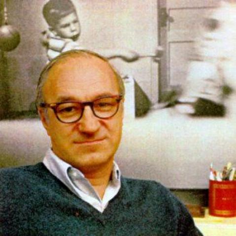 1961 - Albert Bandura (and others) carries out research on observational learning and aggression 'Transmission of aggression through imitation of aggressive models' [Core study 3]