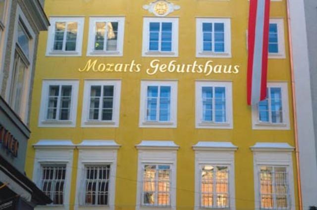 Wolfgang Amadeus Mozart entró al servicio Salzburgo