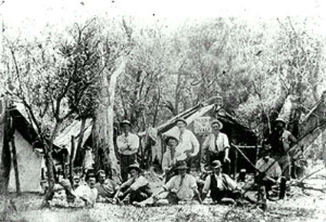 Gold discovered at Coolgardie,