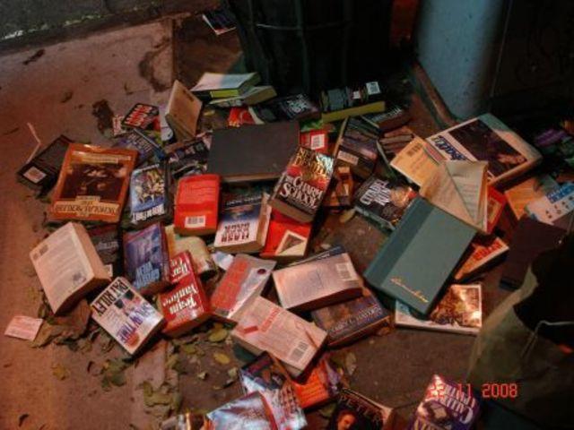 Chicago school students destroy non-English textbooks