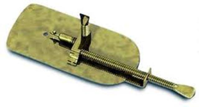 Anton van Leeuwenhoek made discoveries with a single-lends microscope
