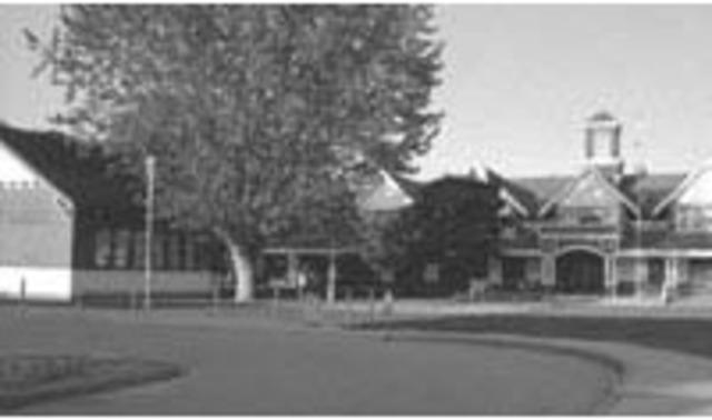 General Currie Elementary School opens