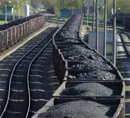 Coal becomes primary fuel for locamotives