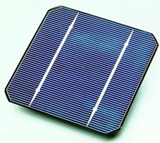 First Photovoltaic cells