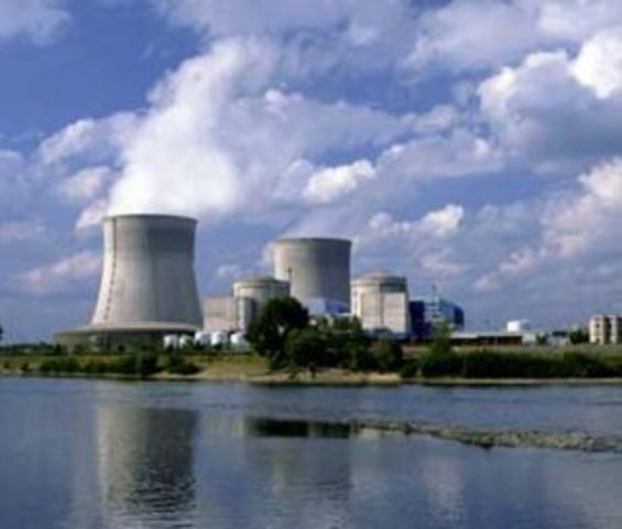 First Commerical Nuclear Power Plant
