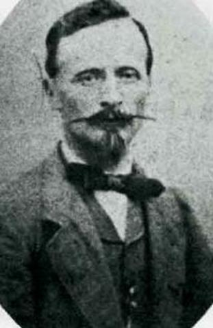 Auguste Mouchout build first solar energy generator