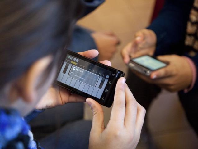 MOBILE LEARNING,, Análliisiis prospecttiivo de llaspottenciialliidades asociiadas all Mobiille Learniing