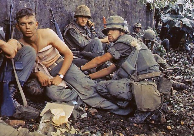 Last U.S. troops leave Vietnam
