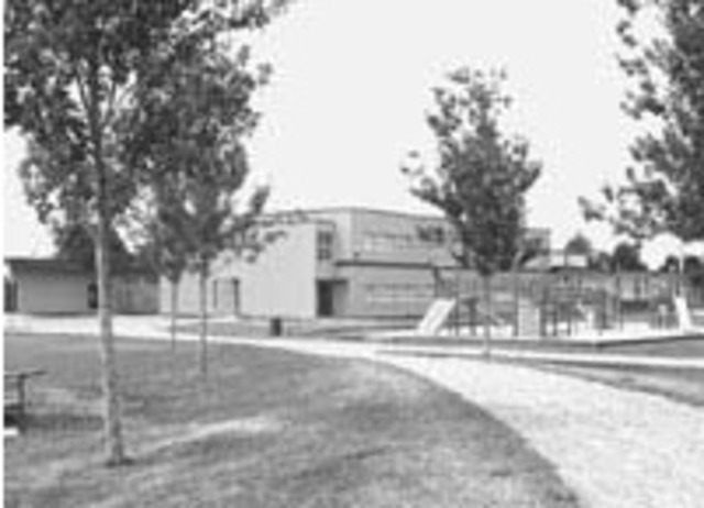 Gilmore Elementary School opens