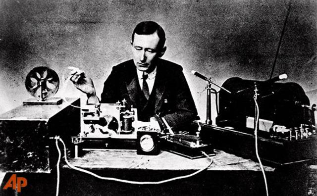 FIRST TRANSATLANTIC RADIO COMMUNICATIONS