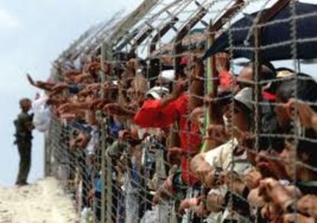 Hungarian refugees arrive