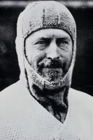 Sir Douglas Mawson dies