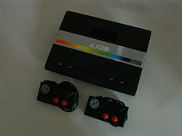 3ème génération: Atari 7800 aux USA