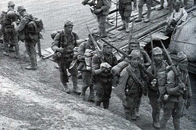 Japanese begin withdrawing from Ioribaiwa