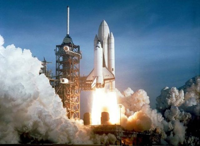 The First Space Shuttle Launch (VUS.15c)