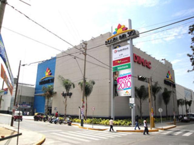 Inauguran Plaza del Sol Ica