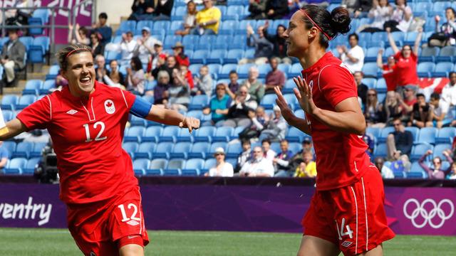 Women's soccer team defeats South AFrica 3-0