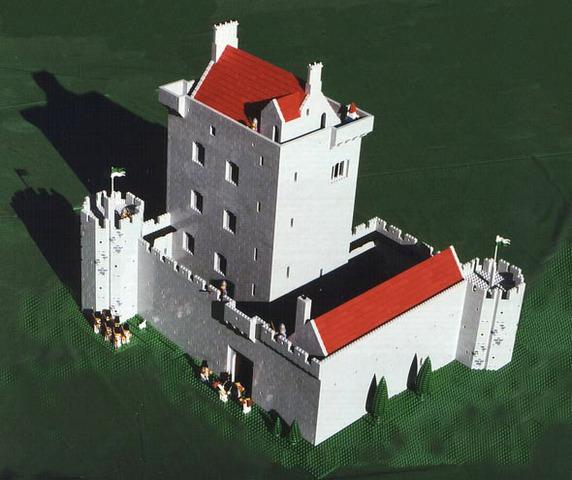 Derryhivenny Castle
