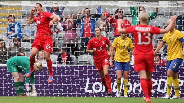 Women's soccer team advances to quarters