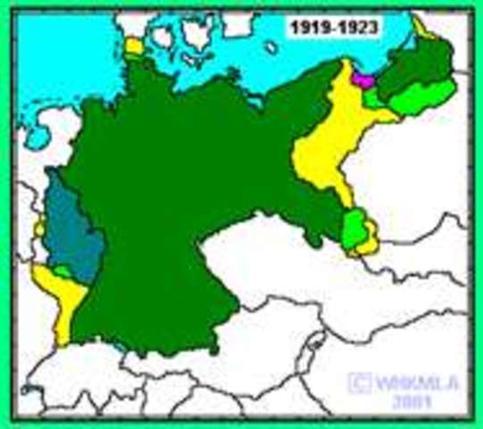 Germany is declared a republic.