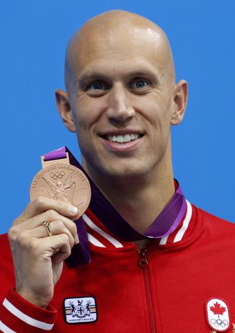 Brent Hayden wins bronze