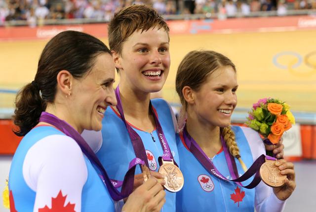 Women's team pursuit squad takes bronze