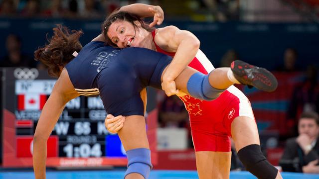 Tonya Verbeek wins wrestling bronze