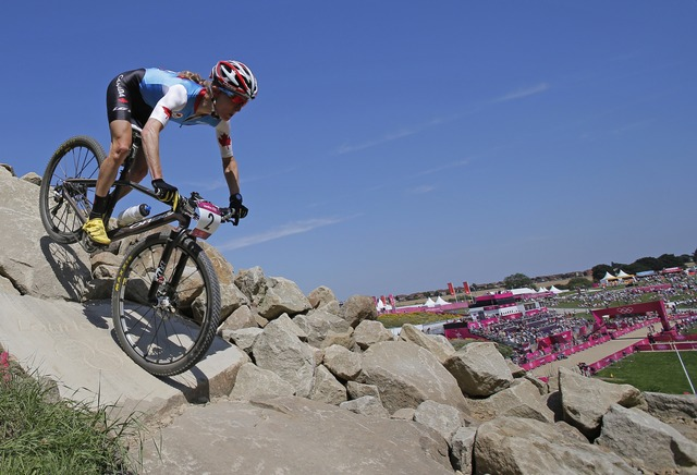 Catherine Pendrel places 9th in mountain bike
