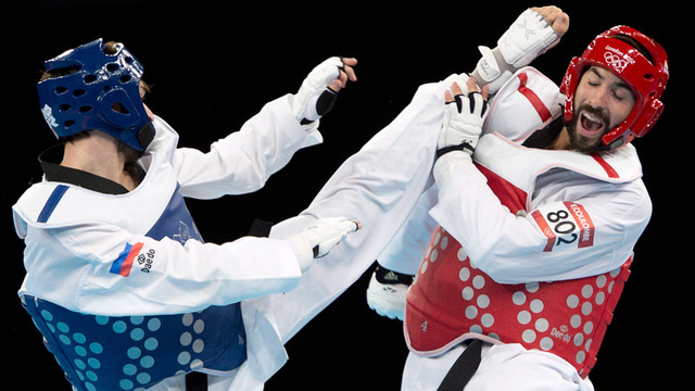 Francois Coulombe-Fortier makes it to taekwondo quarters