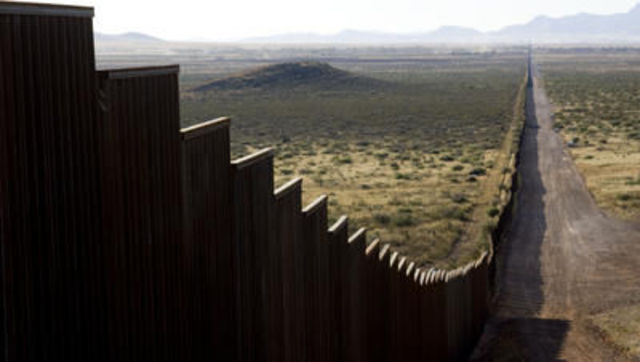 Pres. Bush Signes Secure Fence Act of 2006