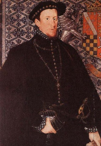 Thomas Howard, is executed for his part in the Ridolfi Plot