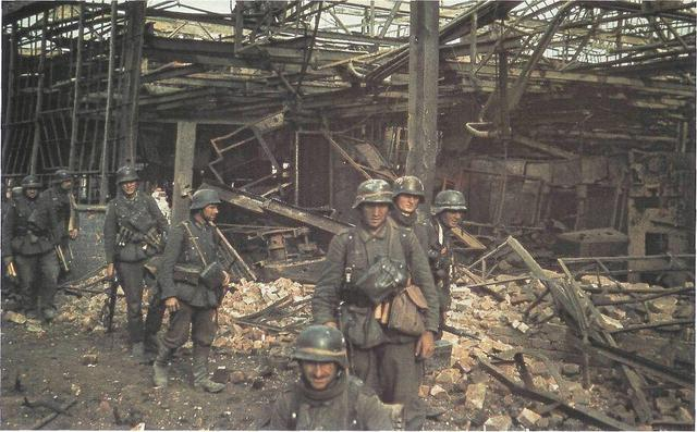 German troops surrender at Stalingrad