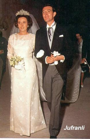 la princesa española Cristina de Borbón, lució orgullosamente un sombrero autografiado por el mismo Juan Valdez