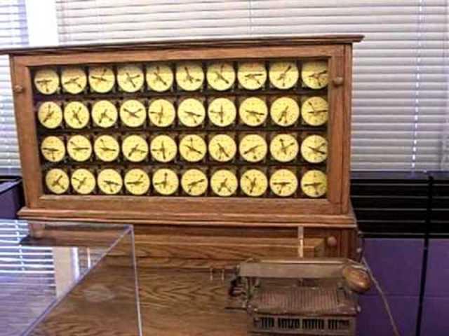 Herman Hollerith/Construyó máquina tabuladora